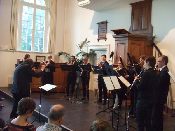 Heliconensemble omlijst SCAU-jubileum met melodieuze blazersklanken